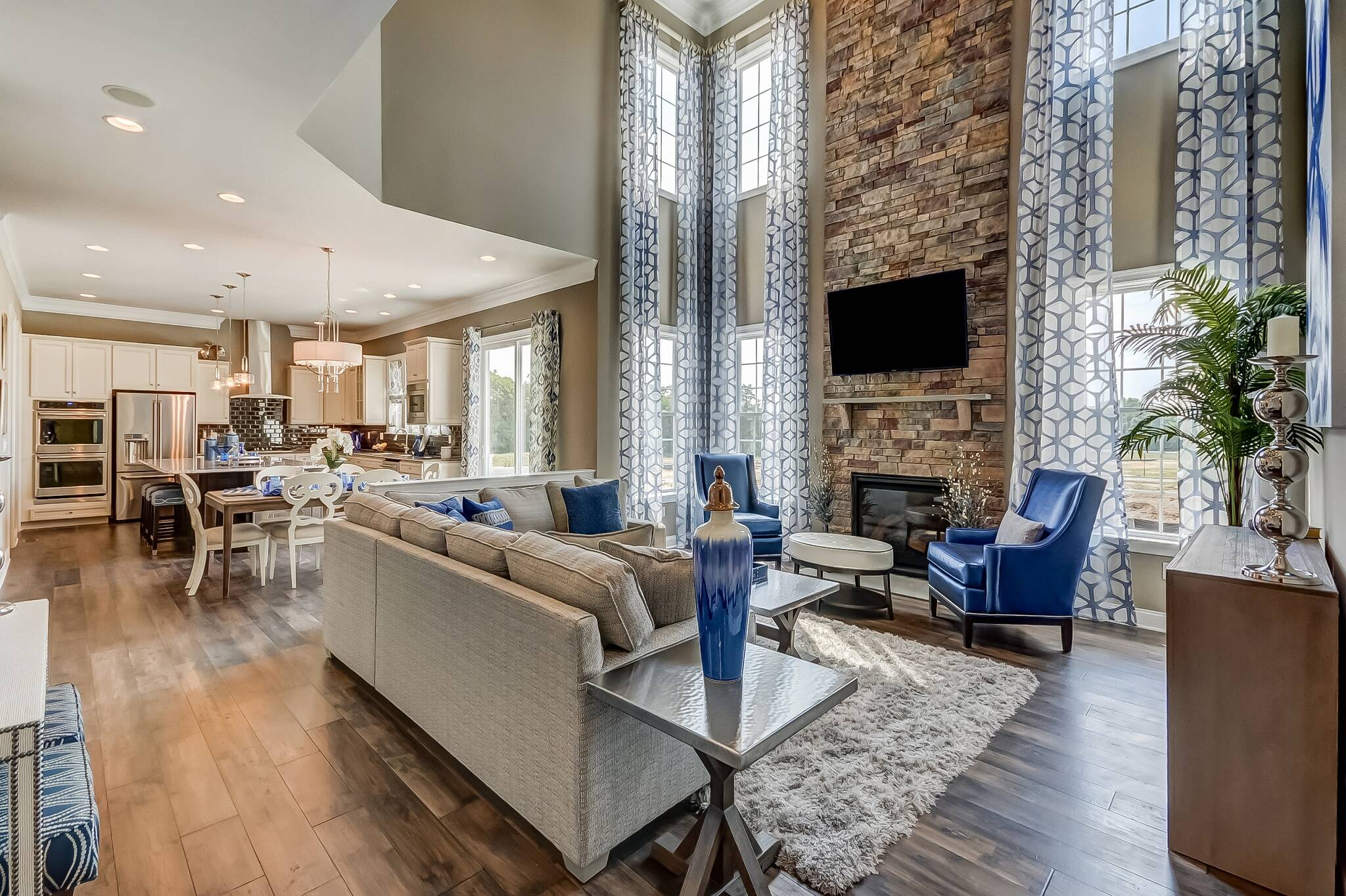 2048x1364khov_tanglewood-estates_boulder-ii_family-room