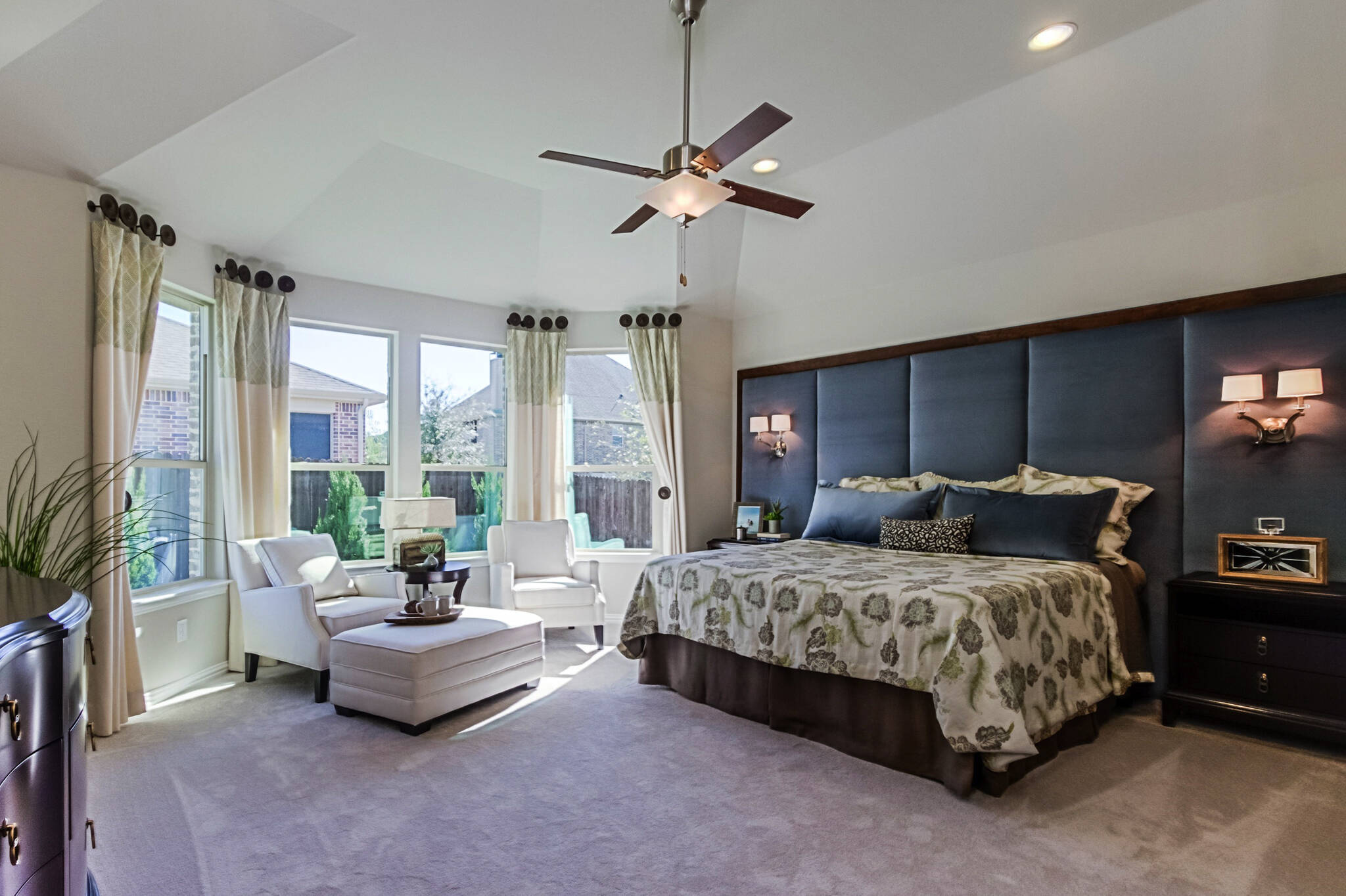 New Homes in Roanoke Texas Seventeen Lakes Estates Hillcrest Master Bedroom
