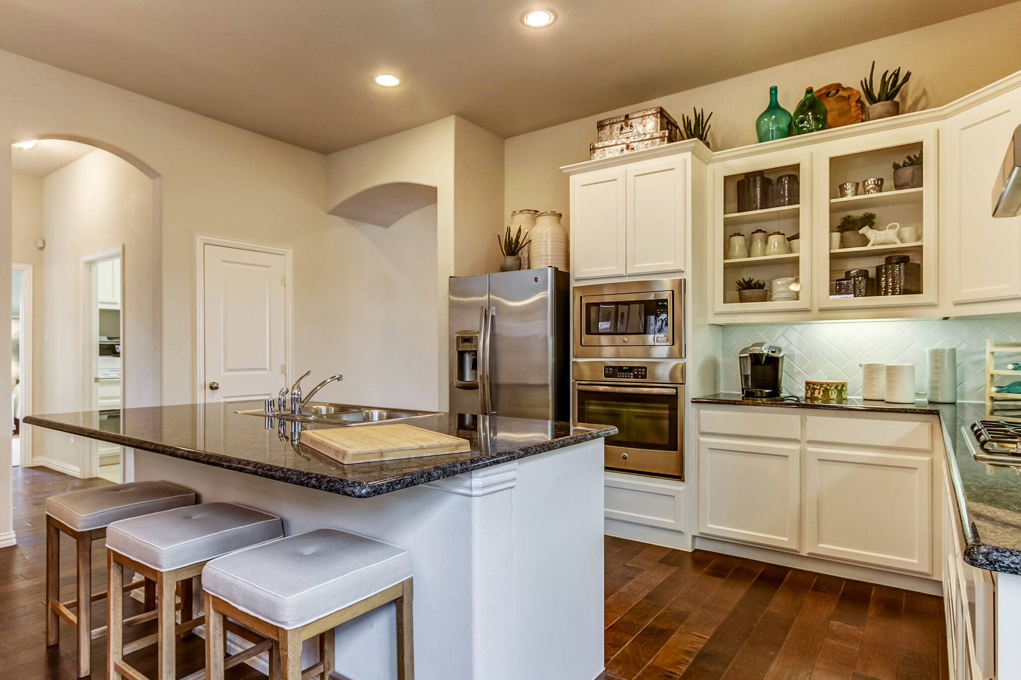 2711 Independence_2048x1364 MODEL_edited_Kitchen