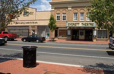 everett-theater