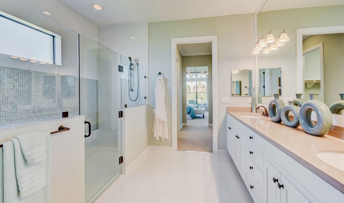 FS Parkland - Octavia - Owners Suite Bath-2