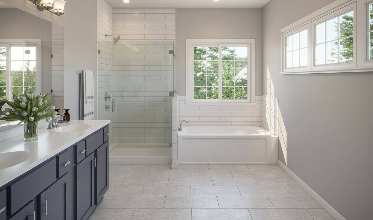 10 Bradie Luxury Bath View 01 2880x1700