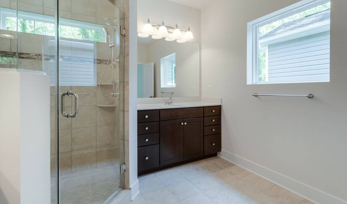 owners bath3 garrett I 95 lot 50 new homes at arnold ridge