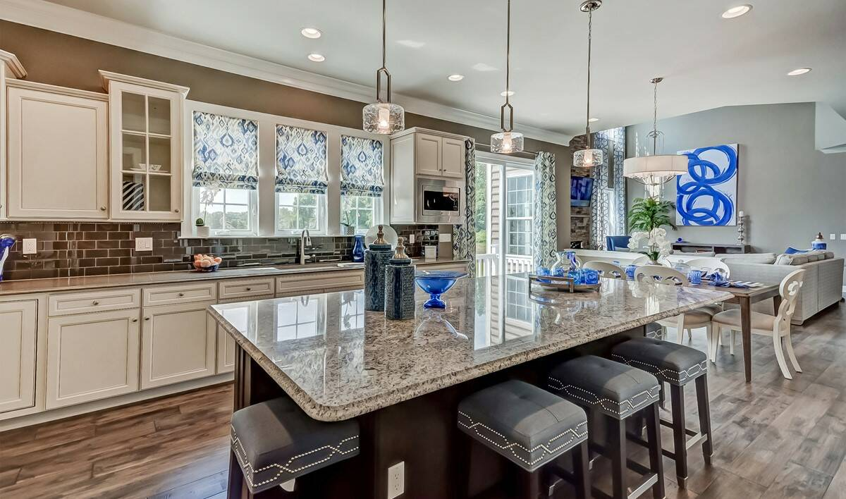 khov_Tanglewood Estates_Boulder II_Kitchen