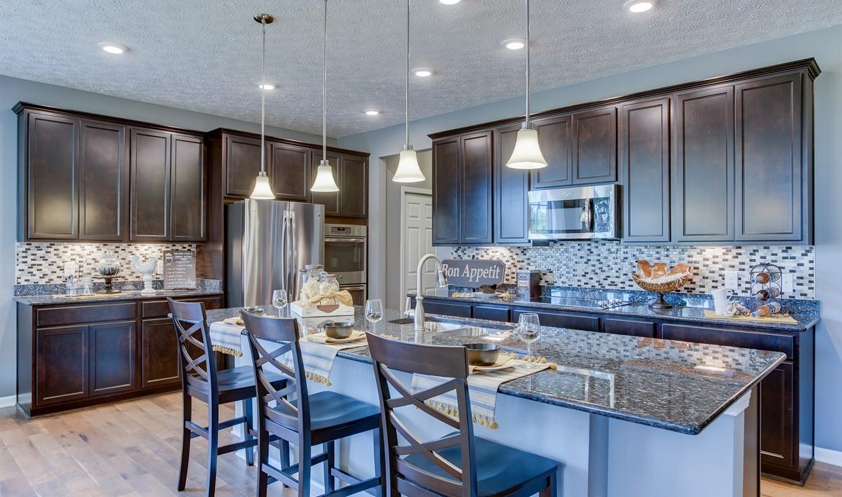khov_OH_MorningSide_Capri_II_kitchen