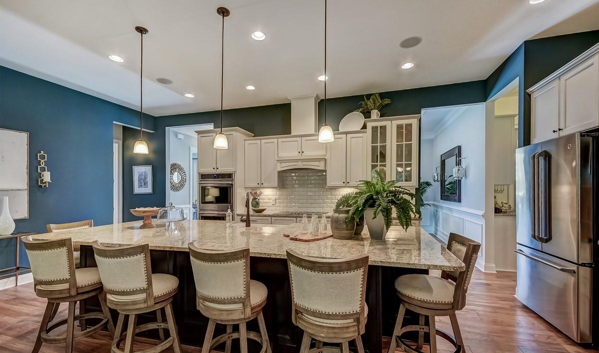 Savannah Quaters Santorini Loft  Kitchen-5