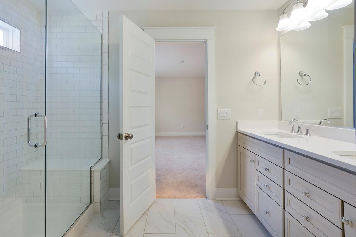 Owners Bath-2