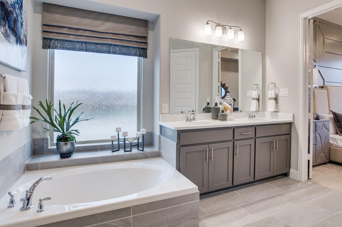 828 Andretti Drive_Williamson_Bluff Creek Estates_owners bath 3