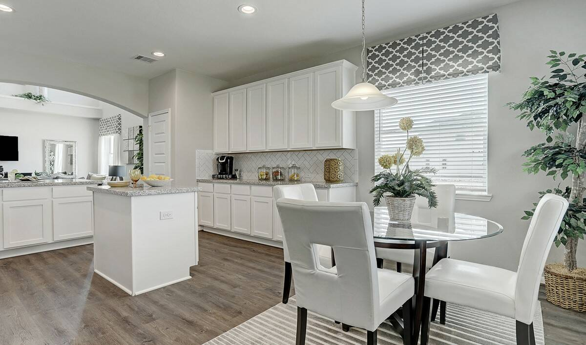 kitchen2-Granite Terrace Ln 7606 IMG 11_1_1c