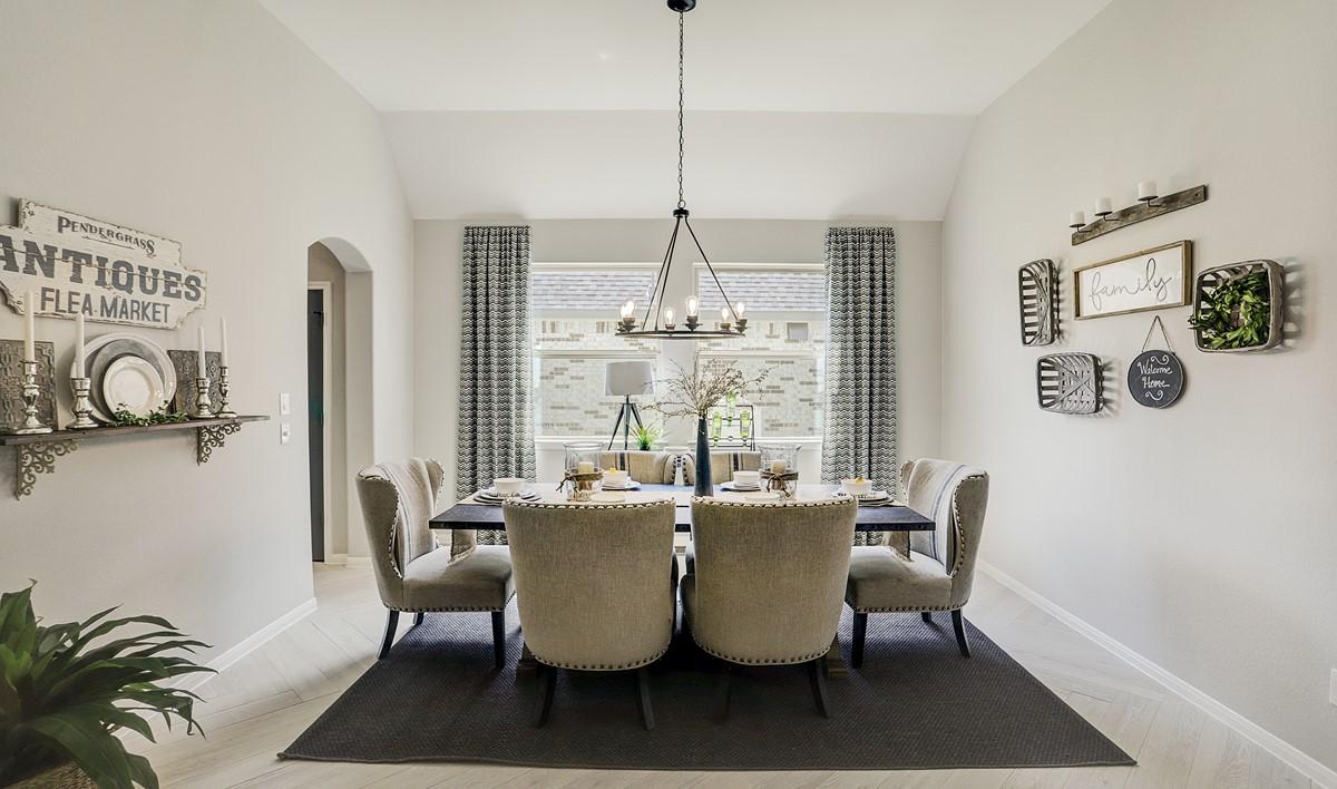 diningroom-Elden Trail 5511 IMG 11_1_1c