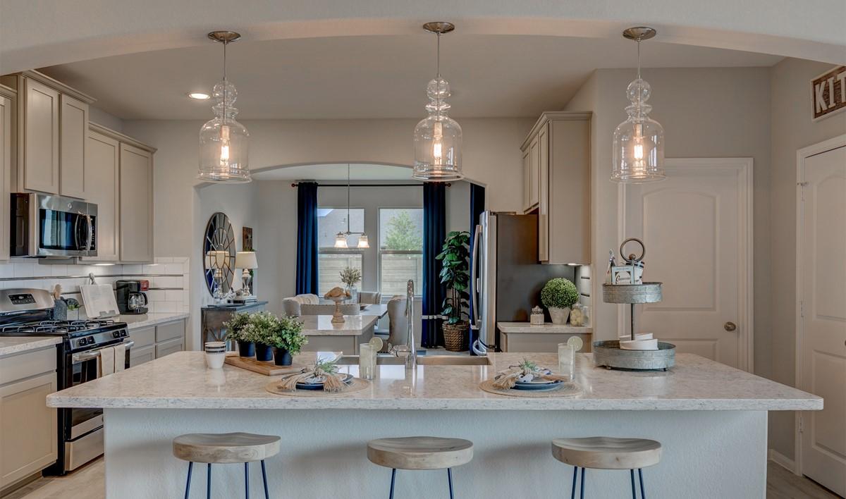 khov_houston_tuscan lakes_juniper_kitchen 1
