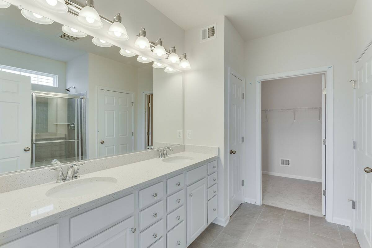 owners bath carter 413 lot 983 new homes at embrey mill