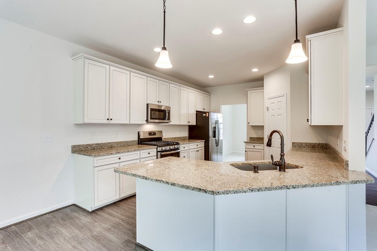 kitchen6 remington 114 lot 717 new homes at leeland station