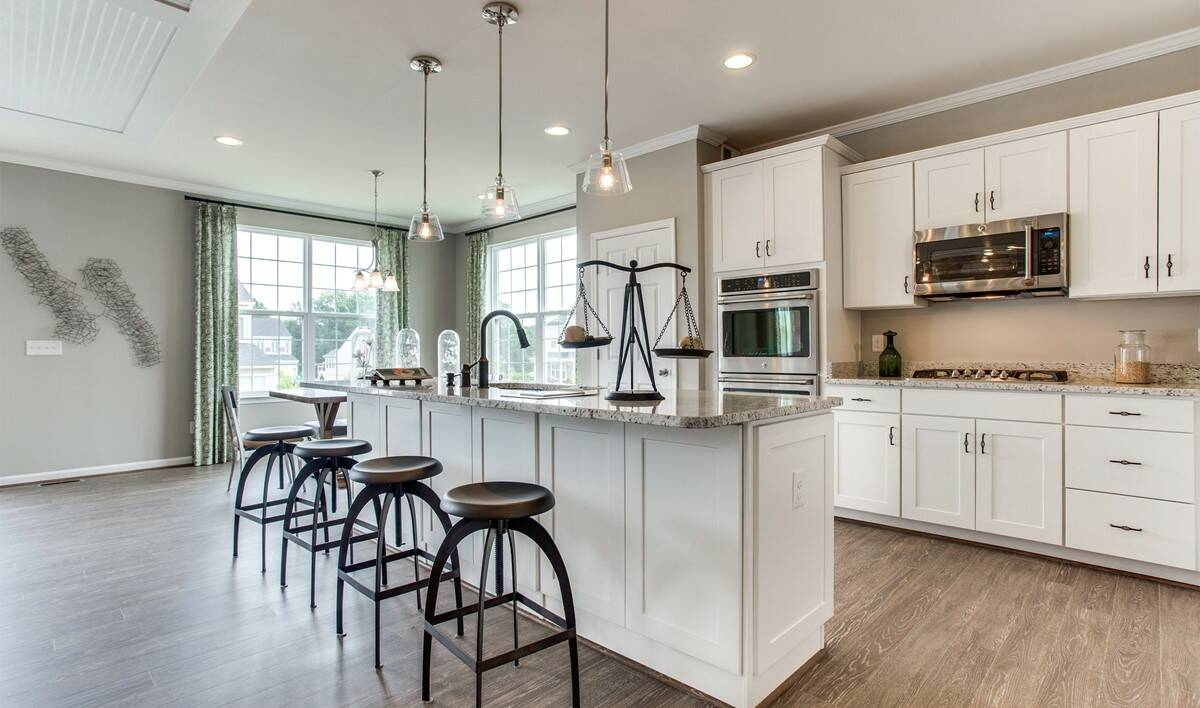 VA_RaymondFarm_BerryHill_Interior_Kitchen